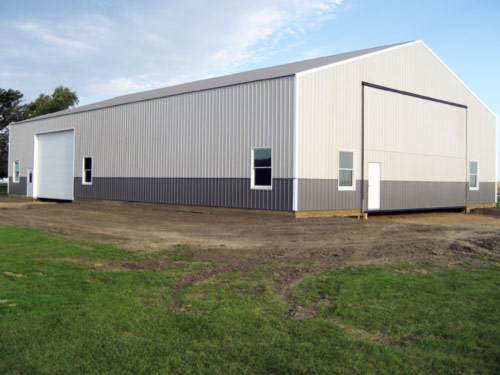 Picture 9 of 9, another new machine shed built by Overweg Construction.
